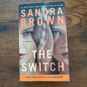 """""""The Switch"""" paperback book, Sandra Brown"""